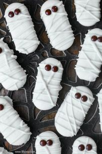 mummy cookies.jpg