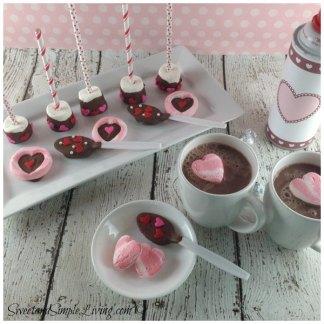 Valentines-Day-Ideas-Hot-Chocolate-Bar-1
